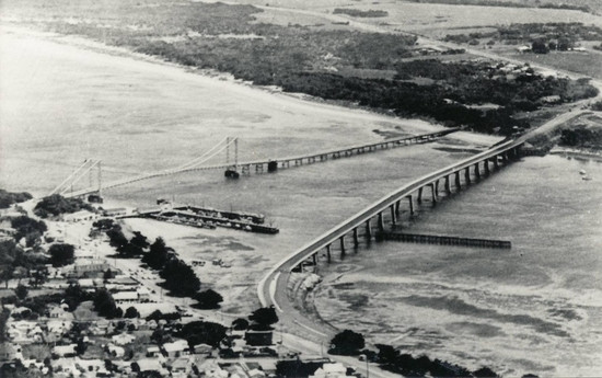 Two Bass Shire Bridges for commerce between Wonthaggi and Cowes